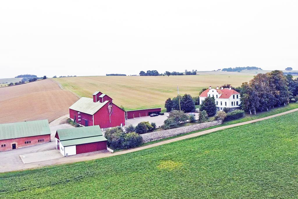 Alfahill Farm in Landskrona, Farm Mac main Office