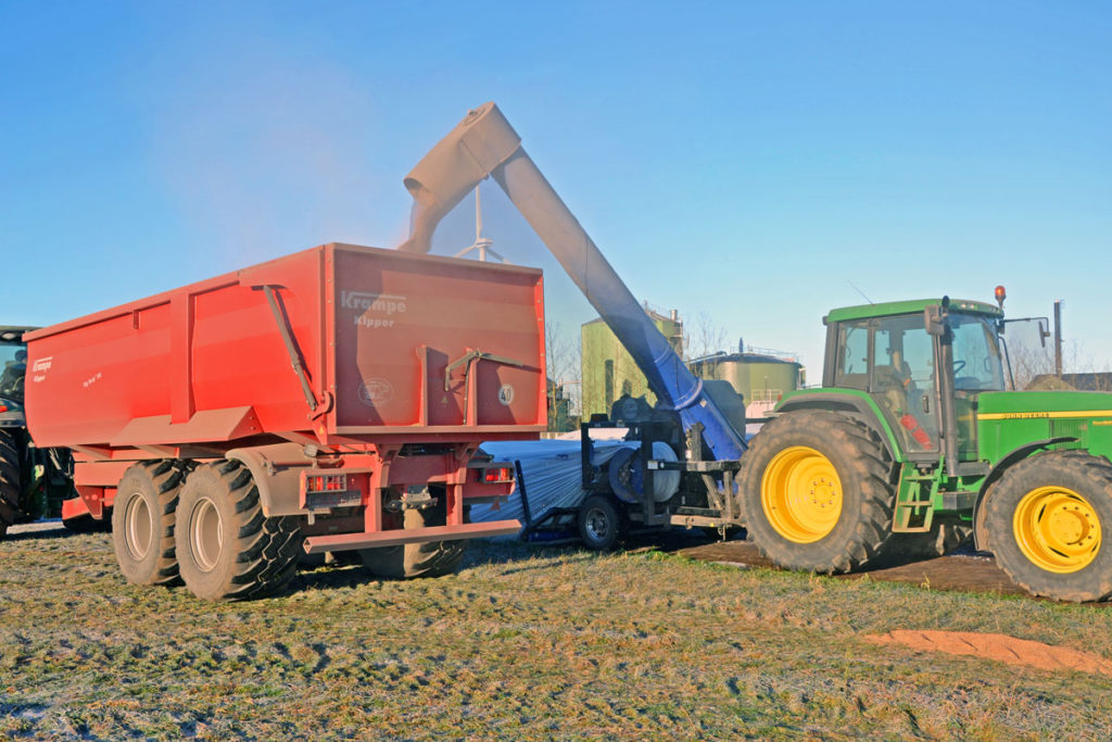 grain extractor with krampe wagon