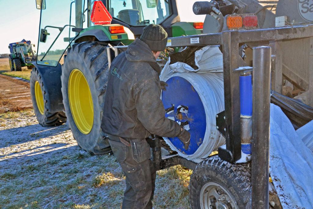grain extractor roller