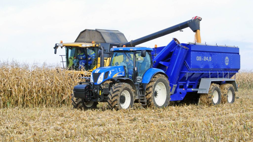 gs-24 chaser bin with harvester