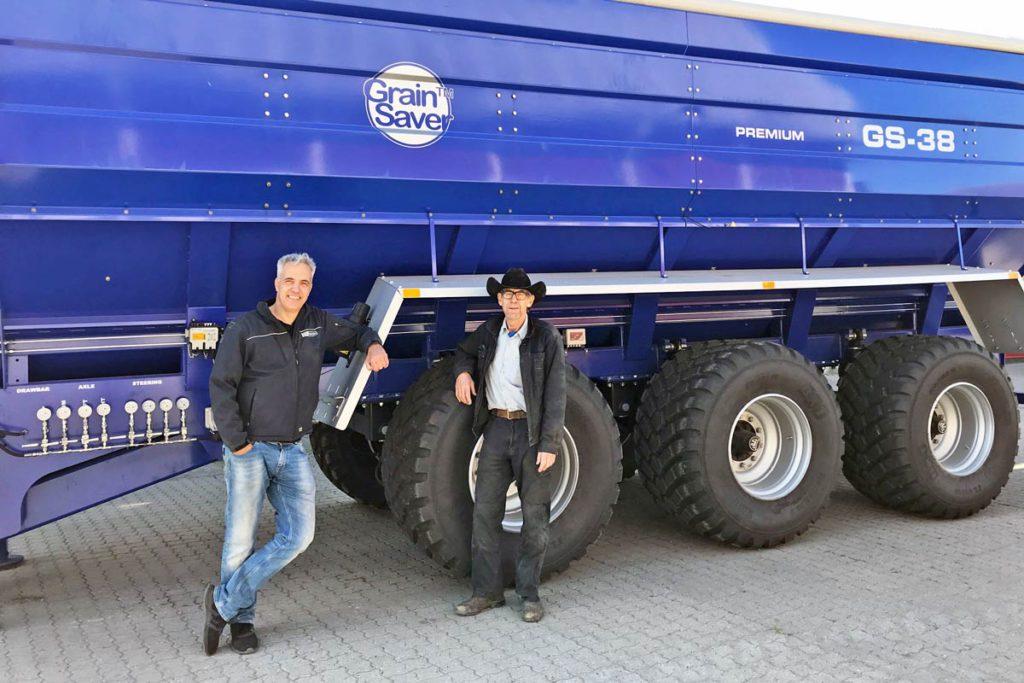 Paul Boekhorst and John Nicander with gs-38 grain cart